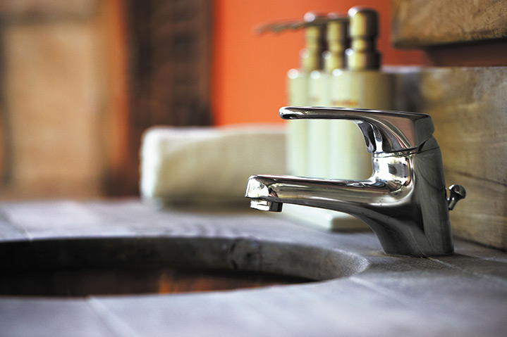 A2B Plumbers are able to fix any leaking taps you may have in Kensington.